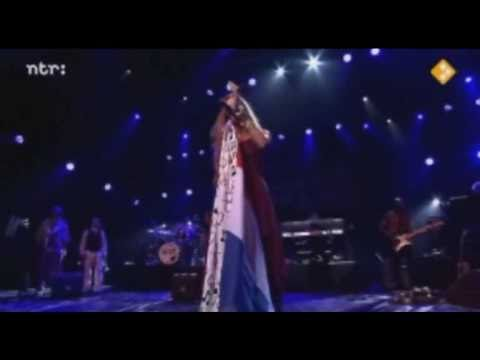 Joss Stone - Tell Me What Were Gonna Do Now (Live)