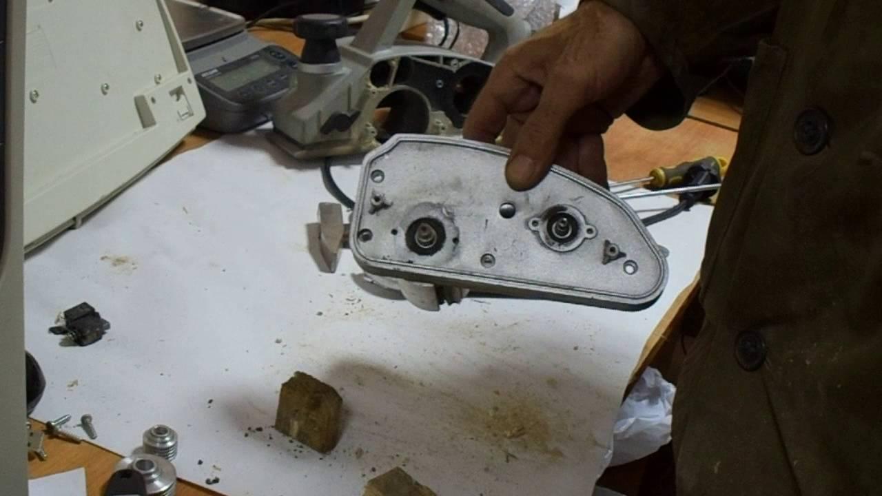 Ремонт электрорубанка интерскол р-82 своими руками 72