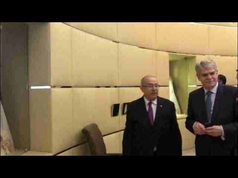El presidente Abdelaziz Buteflika invita al rey Felipe VI a visitar Argelia