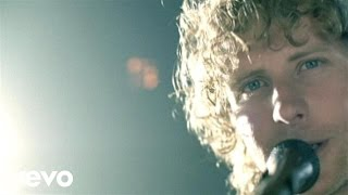 Dierks Bentley Come A Little Closer Official Music Audio