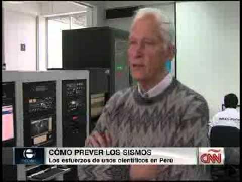 PUCP - Entrevista al doctor Jorge Heraud en CNN