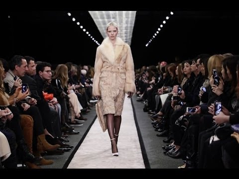 Givenchy | Fall Winter 2014/2015 Full Fashion Show | Exclusive Video