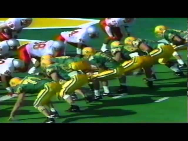 Oregon RB Donovan Moore runs for a touchdown vs. UNLV 9-26-1992