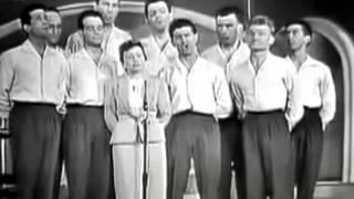 Watch Edith Piaf Les Trois Cloches video