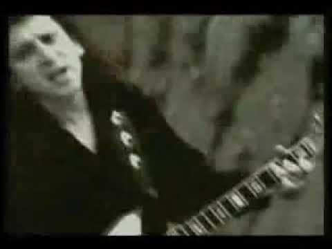 el tri pobre soñador (video oficial)