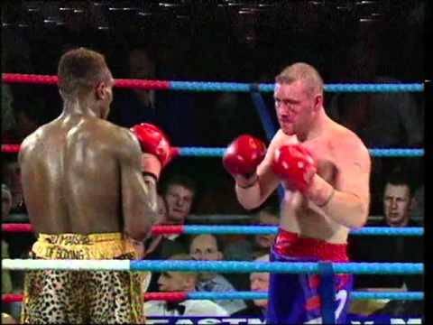 Chris Davies vs Peter Oboh