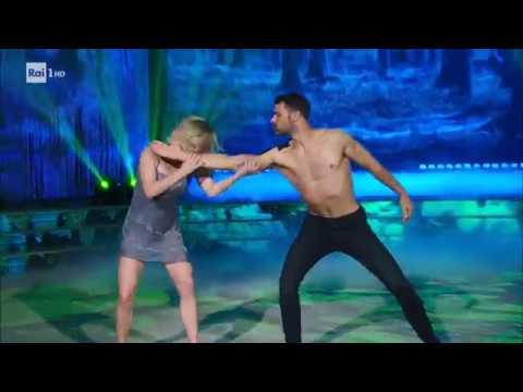 Il Freestyle Lento di Francisco Porcella e Anastasia Kuzmina - Ballando con le Stelle 19/05/2018