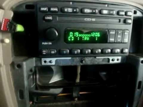 reparacion de 6 cd radio de auto - YouTube