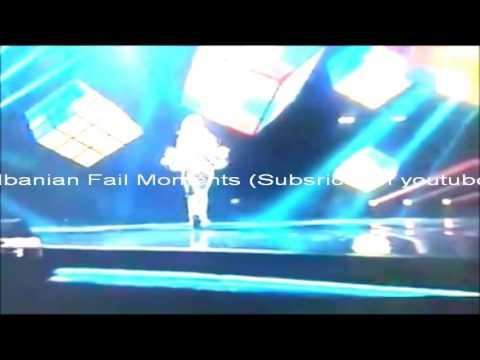Besa ft Elinel - Mos m'le me ra LIVE Ne The Voice of Albania. Fail