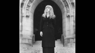 Watch Loreena McKennitt Lullaby video