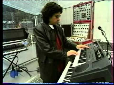 Jean Michel Jarre - Patrick Rondat - interview 1993 Berlin - Matri sequencer Music Videos