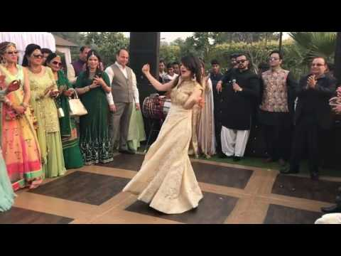 Laila Main Laila Wedding Raees girl hot dance Bolly Garage   YouTube