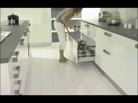 Starcuisine modele de cuisine bianca star cuisine tunise youtube for Modelle de cuisine