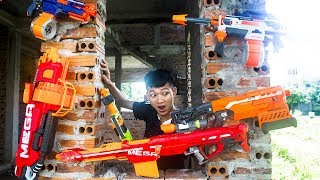 Nerf War: Criminal Police Nerf Battle Assassins Group Escape Plan NERF MOVIES