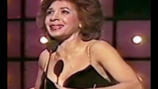 Watch Shirley Bassey Arthurs Theme Best That You Can Do video