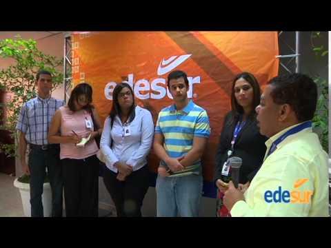 Clientes de EDESUR visitan el Centro de Operaciones de la Red (COR)