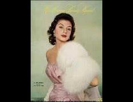 Miss Universe 1957 is Miss Perú: Gladys Zender