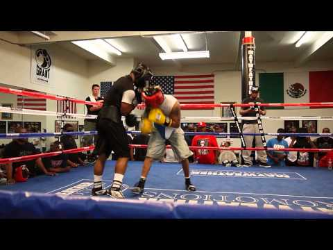 Mayweather Boxing Club (AKA The Doghouse) sparring w/ Memphis Miller Image 1