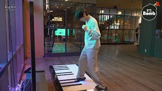 [BANGTAN BOMB] Play the Piano @ BTS POP-UP : HOUSE OF BTS - BTS (방탄소년단)
