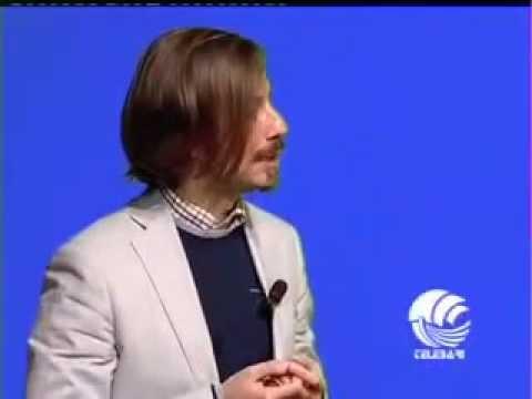"""Alvise Cagnazzo """"Io non mi sento italiano"""". Canta William Volpicella, satira su brano di Gaber"""