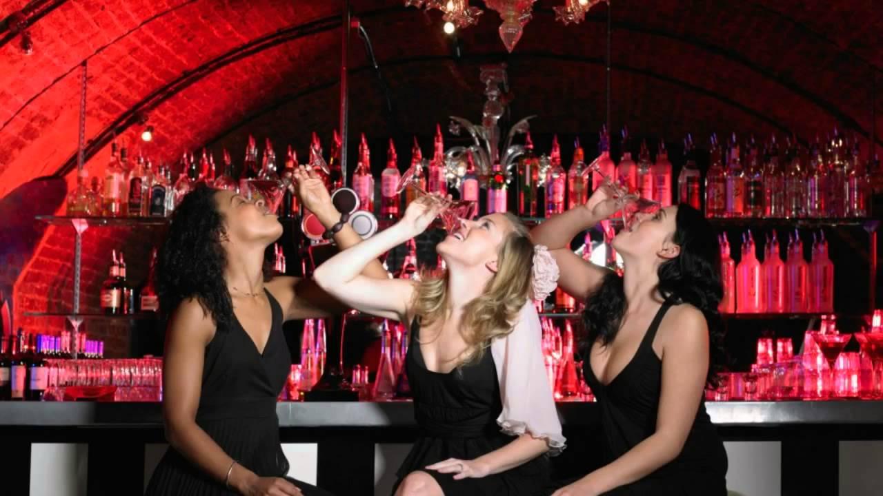 Фото пьяных девчонок в барах 15 фотография