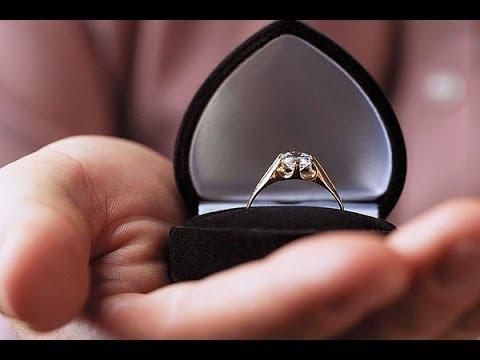 Natural Fancy Diamond Ring in 9K Gold 007ct  MXPS21