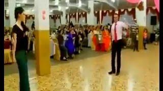 Düğünde Oynayan Kızı Kucaklayıp Kaçırdılar!