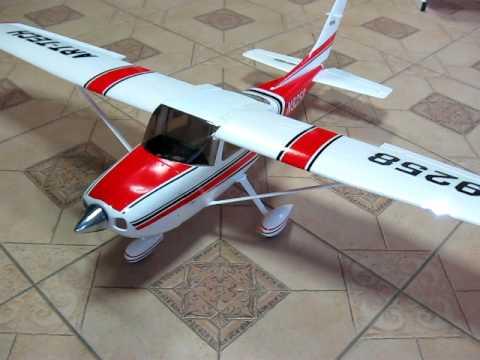 RC Airplane / Aeromodel CESSNA 182 (500 class) Flaps Movement
