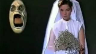 Watch Kukl Anna video
