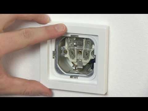 Impressivo installationsprodukter montering Schuko stikkontakt Impressivo hvid