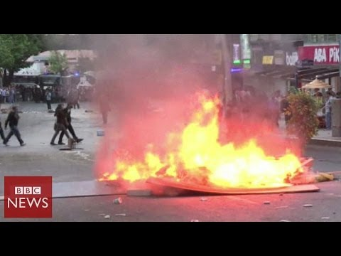 Angry protests in Turkey over poor mine safety - BBC News