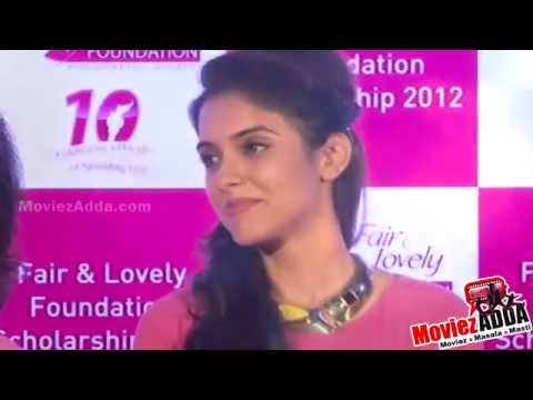 Asin's Snapped In An Awkward Moment In Public | Omg video