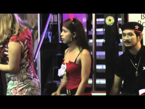 Crazy Nightlife Fun – Christmas on Walking Street – Pattaya Thailand   Thai HD Video