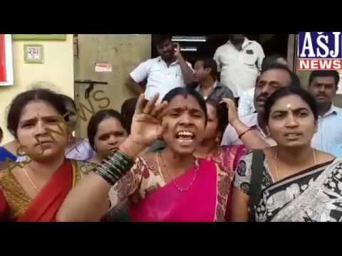 PARENTS PROTEST AGAINST KRISHNA VENI SCHOOL MANAGEMENT IN JIYAGUDA