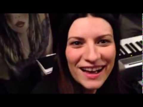 Edicola Fiore Laura Pausini 25 Novembre 2013