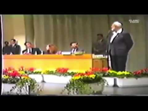 Ahmed Deedat - Pastor 'does Not Answer' Question which Bible Sir? video