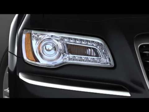 2014 Chrysler 300   Automatic Headlights and Fog Lights