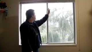 Renewable Apartment - How I installed a Solar Panel in my bedroom window