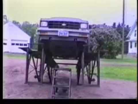 Teeter-Totter Car Hoist