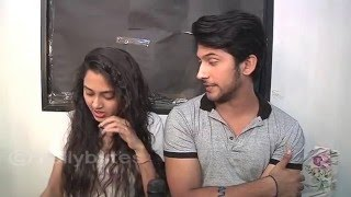Ragini and Laksh aka Tejaswi and Namish recives gifts from fans. Part 2