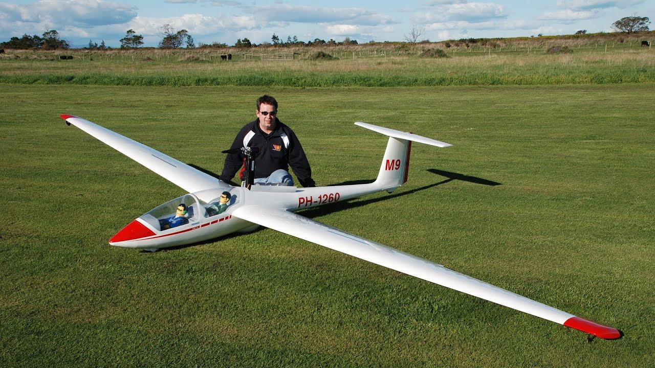 giant rc airplane videos with Watch on Balsa Wood Airplane Kits Rc additionally Largest Airplanes World  panies additionally Watch together with Page30 further Hangar Dhc2 Beaver 30cc Arf P 6031.