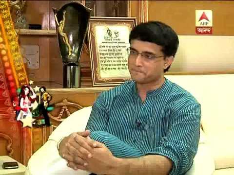 How Star Shourav Ganguly Enjoys Durga Puja On The Day Of Navami? video