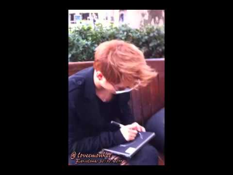 Junsu (JYJ) - Signing CDs in Barcelona 301011