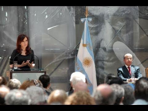 03 de DIC: Inauguración mural Ejercicio plástico David Siqueiros. Cristina Fernández de Kirchner
