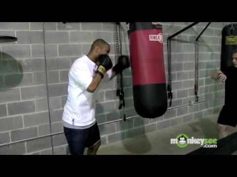 Heavy Bag Boxing Drills - The 30-30-30 Image 1
