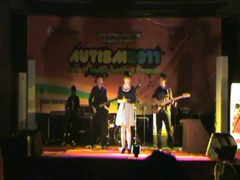 Sumpah I Love You (Mahadewi) - The Sekutter Band in Autism festival Band.wmv