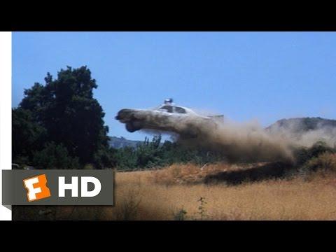 The Parallax View (6/10) Movie CLIP - Cop Car Chase (1974) HD