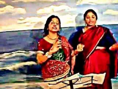 Kaisi Paheli Hai Ye Zindagani!  Najma & Diana - Karaoke video