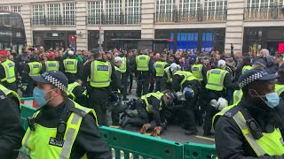 video: Police clash with anti-lockdown protesters on Oxford Street with 150 arrests