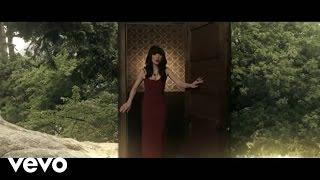 Watch Carly Rae Jepsen Kiss video